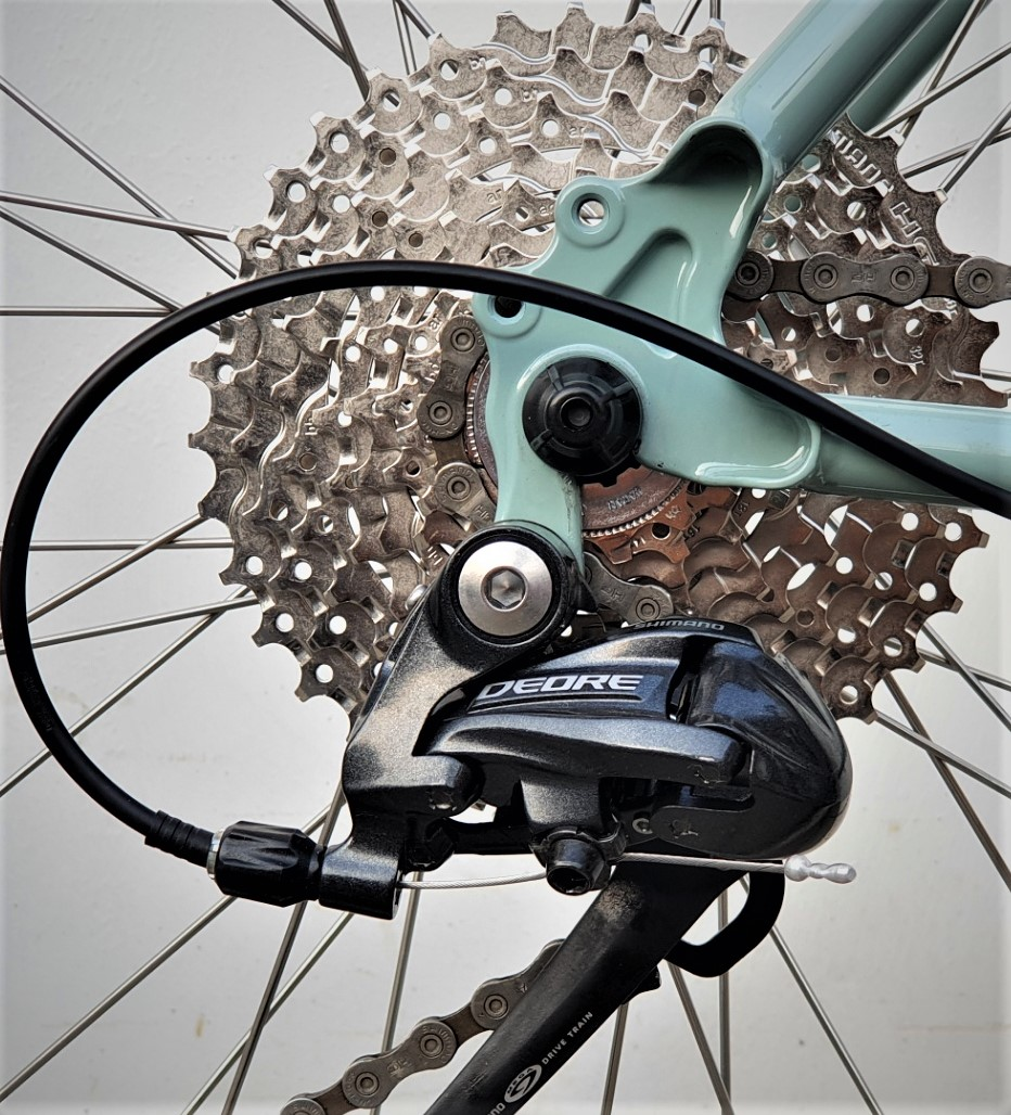 뒷변속기 _ 자출용 자전거 .jpg